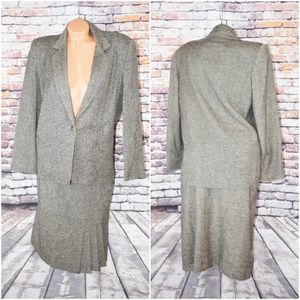 Barclay Square Size 11-12 Skirt Suit Vtg Gray Line